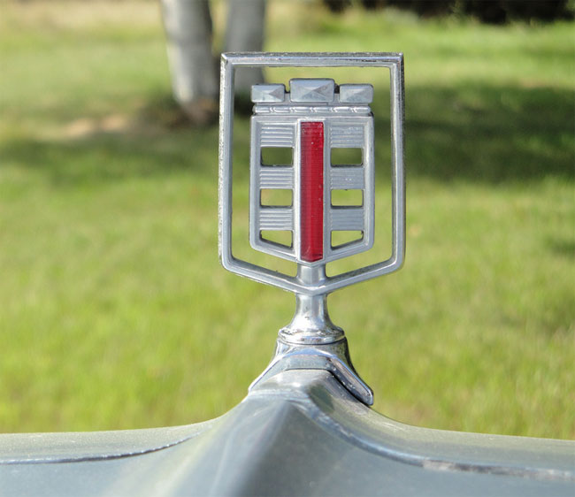 Dodge St Regis hood ornament