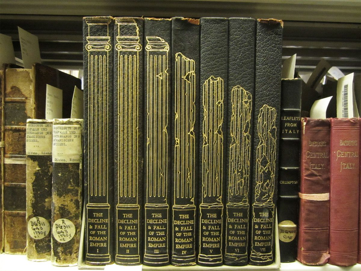 Decline Fall Roman Empire book spines