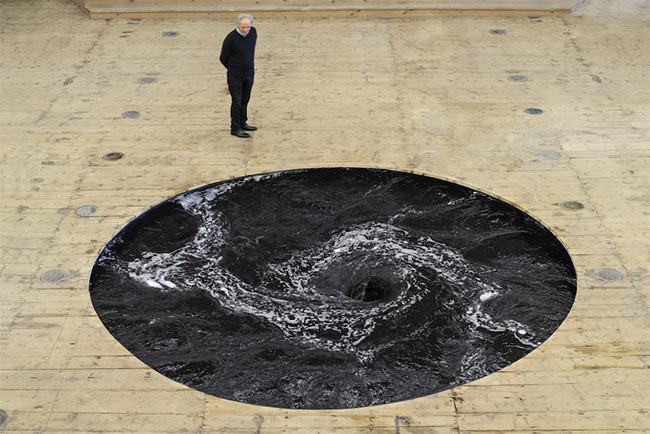 Anish Kapoor Descension